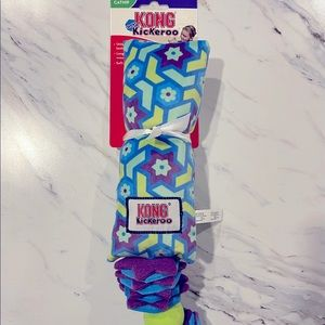 NWT Kong Kickeroo Stacks Cat Toy // Jouet Chat